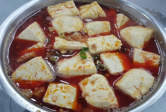釣蝦場內的麻辣臭豆腐,竟能夯到網路拍賣?