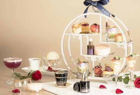 【最美的下午茶!肌膚之鑰X台北遠東國際大飯店,「極致玫瑰 閃耀綻放」聯名下午茶】