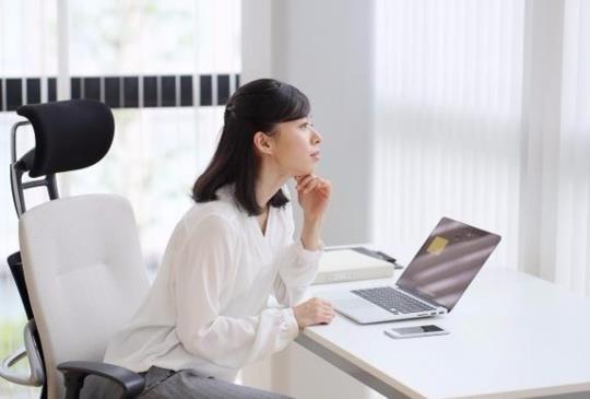 【職場厚黑學】想在職場晉升黑馬?請這樣跟主管聊天!