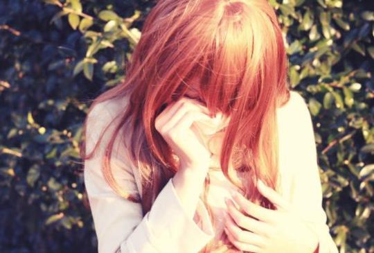 【當最愛的人離開了,不用逼自己遺忘。在念念不忘中, 慢慢就忘記了。】