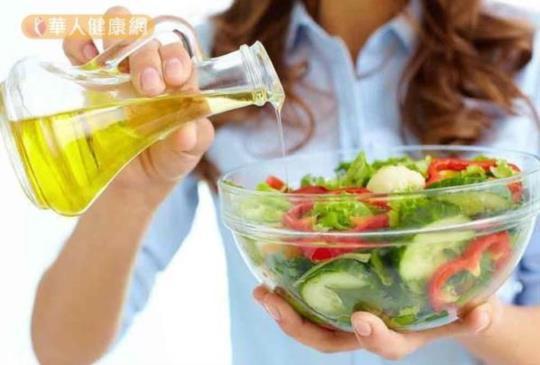 【天熱,吃蔬菜能減重?醫:3大地雷少碰!】