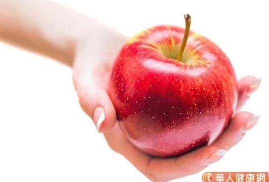 吃蘋果止經痛、減肥、防失智!飯前吃、連皮吃好處多更多