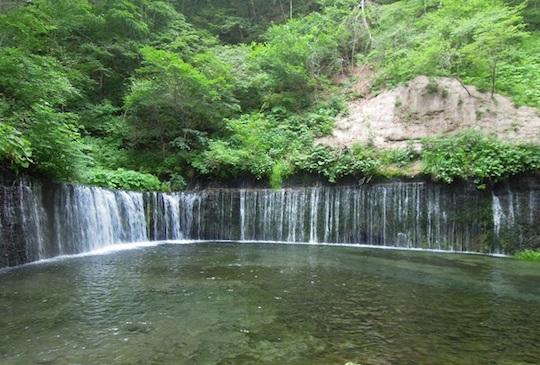 【日本】避暑勝地輕井澤秘境 - 白絲瀑布沁涼遊