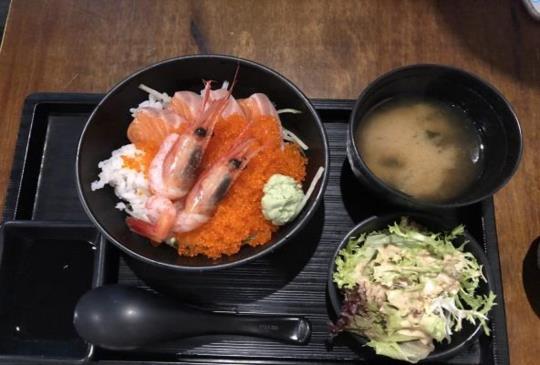 拋下旅遊書飲香港-藏匿在旺角後巷的日式美食