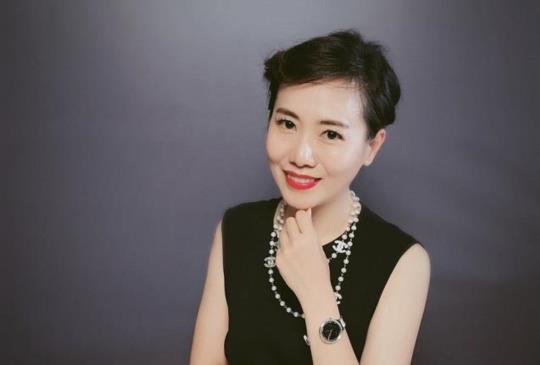 【Emily美學苑導師群】倪塔 Anita-時尚導師