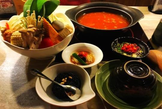 超值帝王般的饗宴「養心殿精緻鍋物」讓您體驗宮廷般的享受!!!