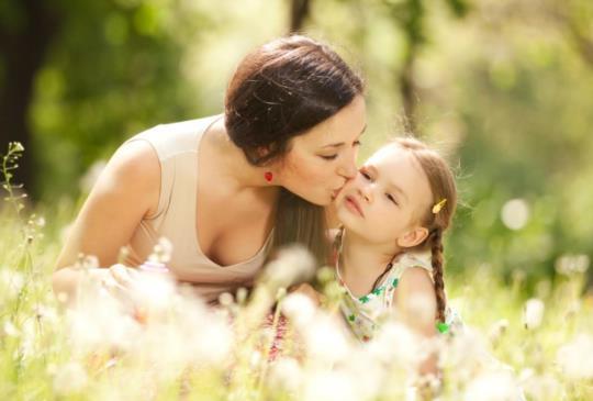【可以陪伴孩子的童年,但不要把人生都〝賠進去了】小孩的童年只有一次,但媽媽的人生也只有一次阿