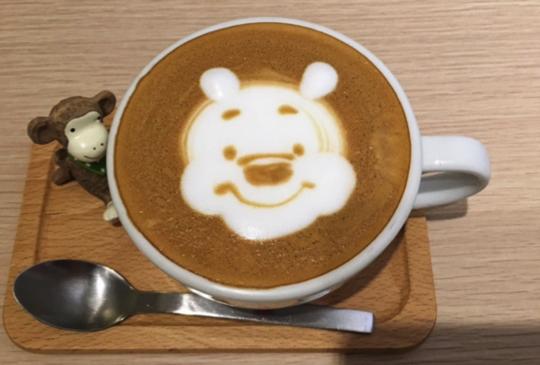 【躍然於咖啡上的童年】Labu café客製化專屬於你的拉花