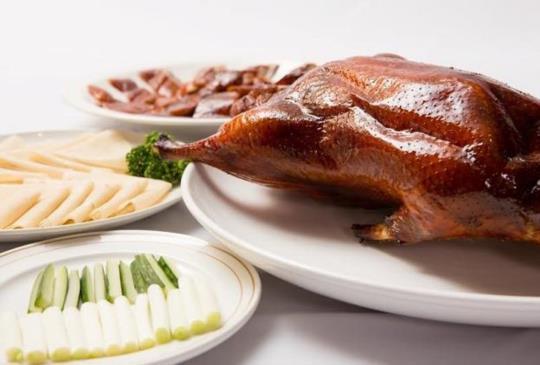 【台北‧皮脆、肉嫩、多汁,嚴選四間非吃不可的烤鴨】~愛吃肉特搜