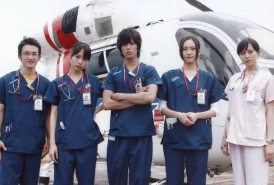 人氣醫療日劇《Code Blue》時隔7年復活!!!山下智久、新垣結衣原班人馬再度合體開拍第三季。