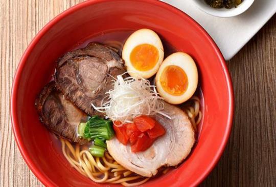 全球首賣【一風堂 赤/白牛肉拉麵】法式高湯台灣限定上市