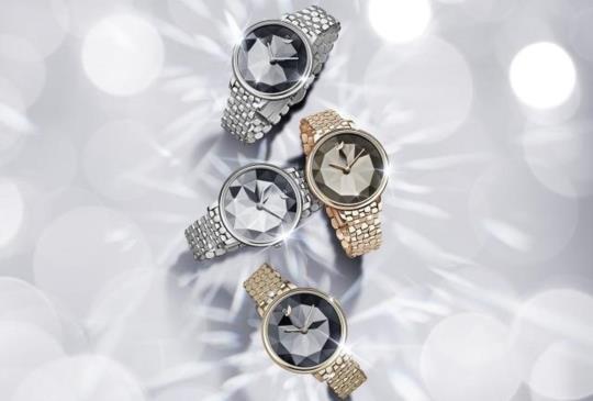 【手腕上的水晶!嫵媚時尚SWAROVSKI 2018手錶系列】