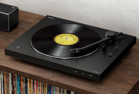 無線復刻音樂經典、Sony PS-LX310BT藍牙無線黑膠唱盤上市