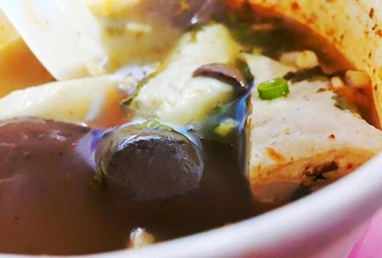 【台北‧小吃才是王道,精選四間必吃鴨血臭豆腐】~銅板美食特搜