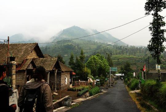 【印尼日惹】從不沈默的默拉皮火山