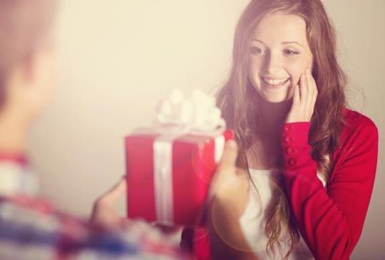 【聖誕特輯:禮物、燭光晚餐都是你愛的!最會浪漫星座男排名】