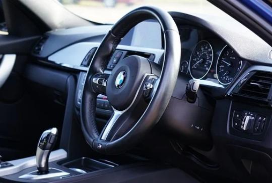 改變世界的電動車與自動駕駛