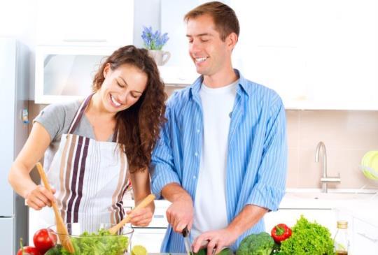 【男人為什麼喜歡會煮飯的女生?5點告訴妳】