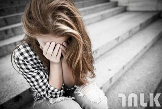 為什麼分手那麼久還走不出來?很有可能被這5種情緒綁架了!