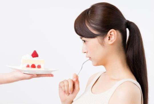 【減肥就不能吃東西?掌握五、五、十訣竅,讓妳脂肪吃得越多,體重減得越多!】