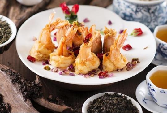 【香格里拉台北遠東飯店,上海醉月樓新任主廚創意盡獻滬味台茶料理】