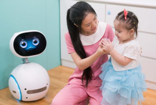 華碩進軍幼教市場,開發 Zenbo Baby+ 幼保小助理