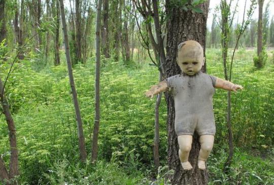 【恐怖景點】墨西哥娃娃島 恐怖背後的真實故事原來很心酸