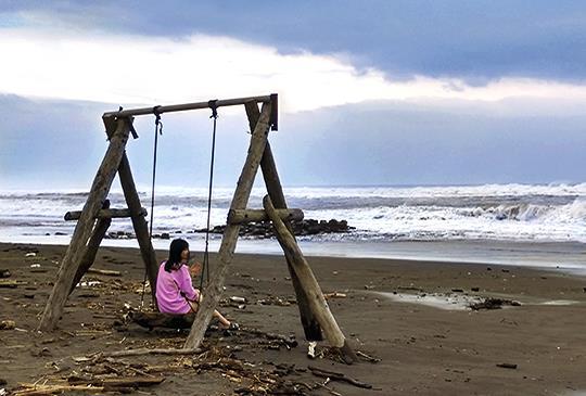 [宜蘭] 兒時的回憶海景-廍後社區海岸鞦韆