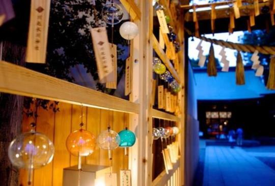 【夏】川越冰川神社,在「結緣風鈴」清脆音色祝福下,牽手最愛的人