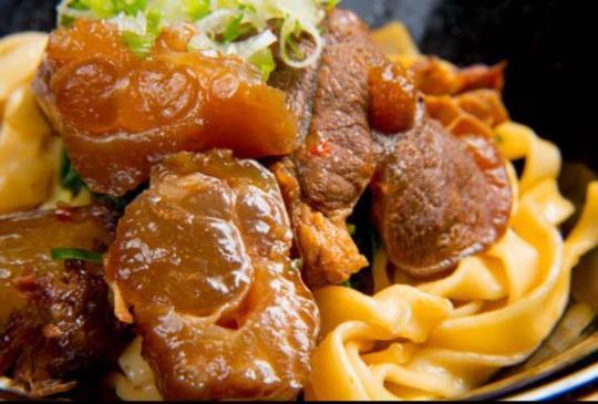 《真‧牛肉麵》純火精製、真材實料,極致講究的美味料理