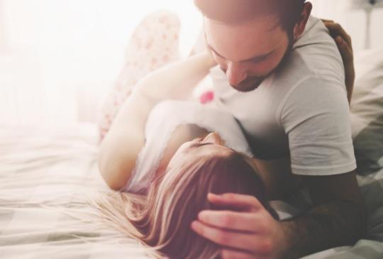 【口罩男經典感情十句(一)】愛情除去浪漫之後,剩下的就是生活的平庸