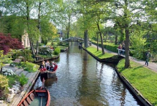 這是仙境嗎?不!這是荷蘭羊角村~