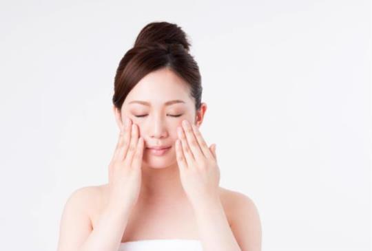 換季讓皮膚變得脆弱,敏弱肌該如何保養呢?