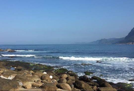 【瑞芳】發現台灣秘境「深澳漁港」 媲美野柳的海蝕地形