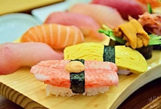 今天挑戰吃幾貫握壽司?保證讓你停不了口的5家新鮮飽滿握壽司!