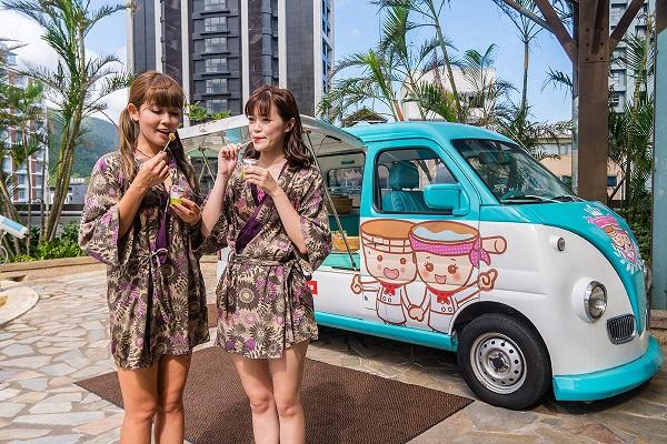 05池畔胖卡車在下午茶時間提供日式蕨餅,搭黑糖蜜與芝麻花生粉超讚。.jpg