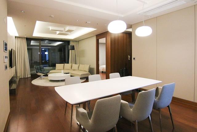 08三房兩廳的家庭套房,最多可入住五大兩小;寬敞的空間非常適合群體同遊時入住。.jpg