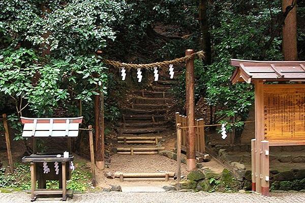 三輪山登山口.jpg