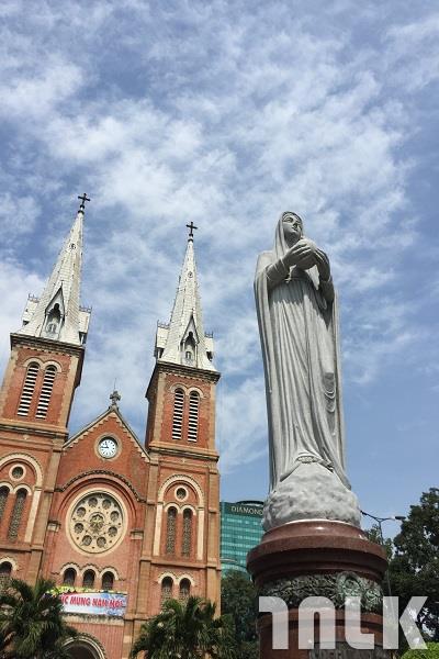 聖母院.JPG