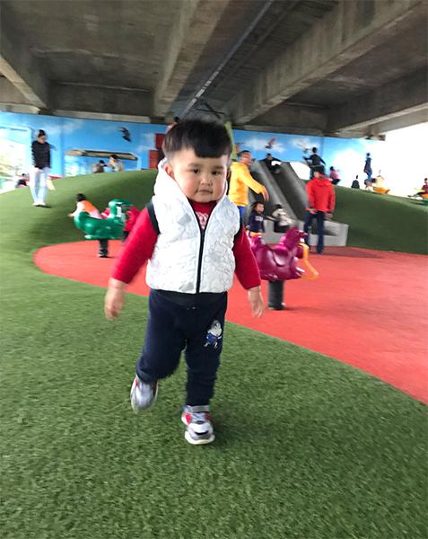 國際路橋下公園 - nono62321-1.jpg