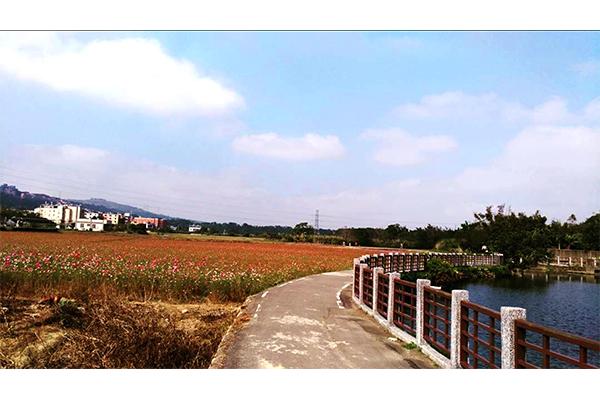 龍潭大池自行車步道.jpg