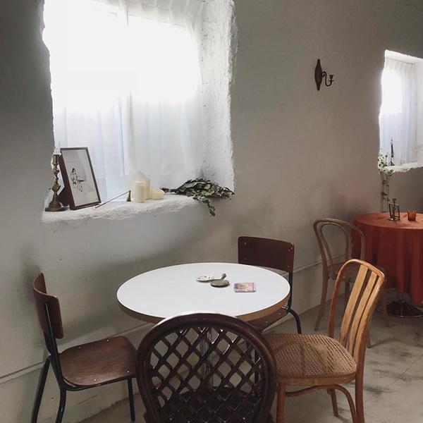 house go in走進屋子裡-2.jpg