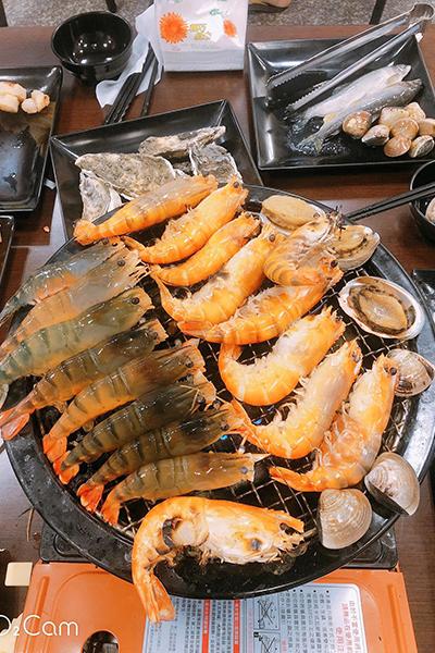員林水道泰國蝦燒烤吃到飽.jpg