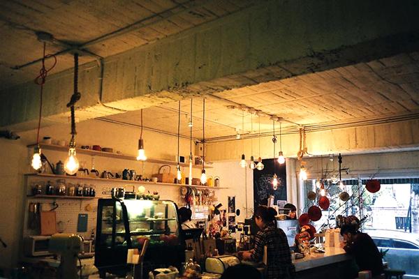 儲房咖啡館-2.jpg