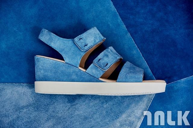【新聞稿圖片3】SHAPE WEDGE PLATEAU SANDAL 女鞋_售價$6,180.jpg