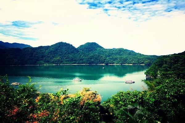 大溪湖畔咖啡-1.jpg