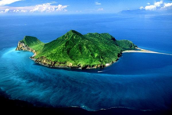 龜山島(宜蘭縣政府).jpg