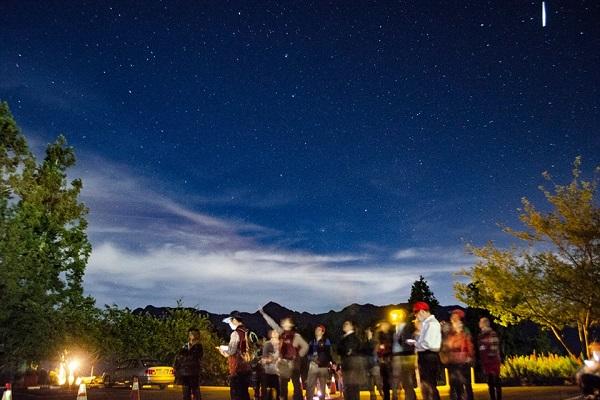 觀星賞月-1.jpg