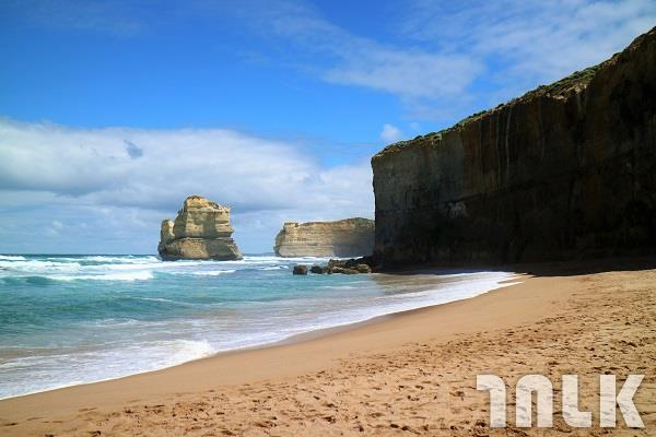 Great Ocean Road-3.JPG