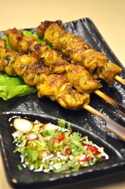 泰炘泰式料理 - 烤雞肉串